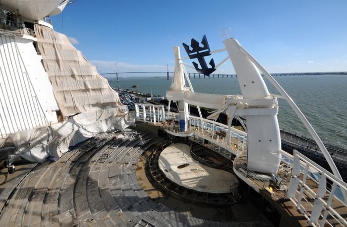 November 2015 - Construction photos ofHarmony of the Seasat the STX France shipyard.