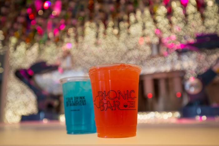 Bionic Bar onboard Harmony of the Seas. Copyright, Simon Brooke-Webb Photography