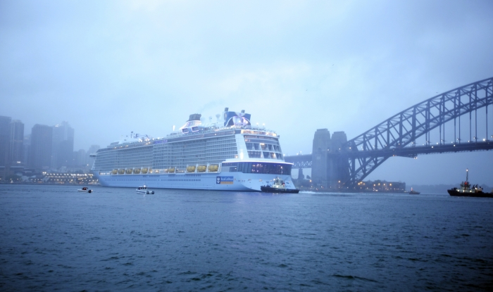 Ovation of the Seas arrives into Sydney, Australia for her first cruise, kicking off the ship's summer season.