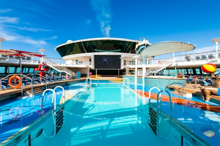 Pool Deck on Jewel of the Seas