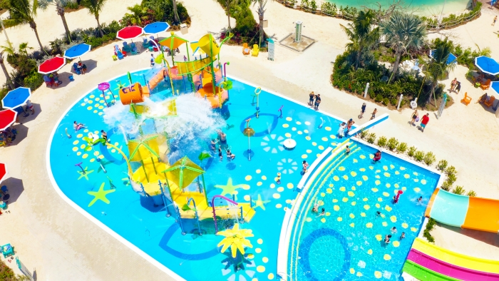 May 2019 – Splashaway Bay, the coolest aqua park at sea, is breaking out beyond the deck and coming ashore as the largest one yet. Kids can enjoy bigger adventures than ever before with more fountains, sprinklers and geysers – plus two massive drench buckets and five waterslides, including three racers.