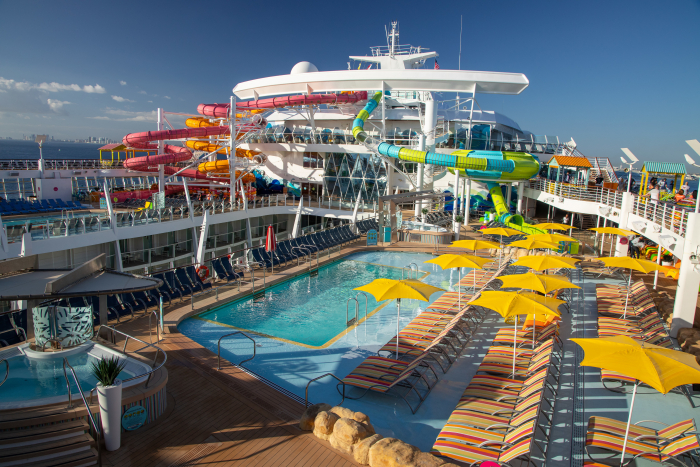 November 2019 – The reimagined, Caribbean pool deck on board Oasis of the Seas features poolside signature bar The Lime & Coconut, complete with live music; a larger variety of seating and shade, including comfy casitas, daybeds, hammocks and swing seats, new whirlpools on the top deck.