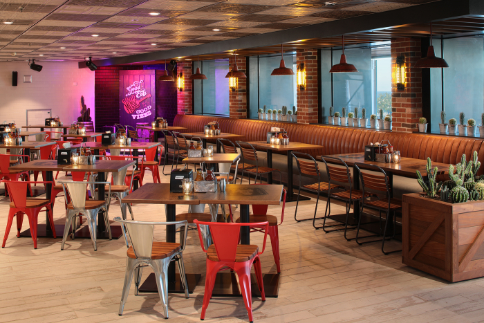 November 2019 – The newly amplified Oasis of the Seas debuts Royal Caribbean's first-ever barbecue restaurant, Portside BBQ. The meat-packed menu features authentic barbecue favorites inspired by the best-in-class styles across the United States.