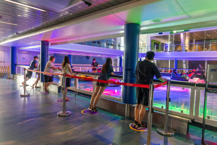 December 2020 – SeaPlex on board Quantum of the Seas features the largest indoor active space at sea, which includes bumper cars, a full-size basketball court and roller-skating rink.