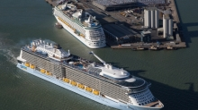 <em>Anthem of the Seas</em>&nbsp;passes newly enhanced&nbsp;<em>Explorer of the Seas</em>&nbsp;as she departs on her maiden voyage from Southampton, UK.