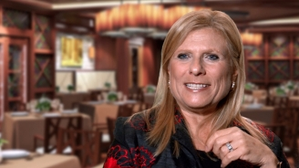 Lisa Lutoff-Perlo on Quantum of the Seas Main Dining Experience
