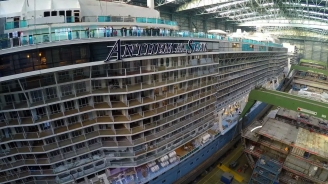 Anthem of the Seas Docking Out