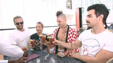 DNCE Takes Over Oasis of the Seas: Rising Tide Bar