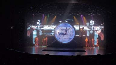 Symphony of the Seas Entertainment B-roll