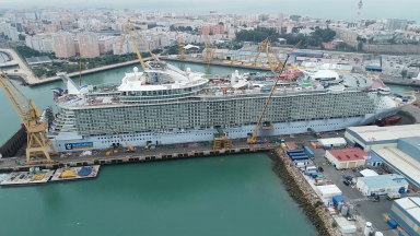 Oasis of the Seas Construction Aerials B-roll