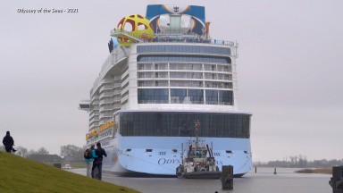 The Wonder of Conveyance – How and Why Do Royal Caribbean Ships Sail Down a Narrow River